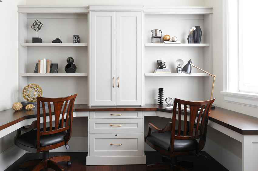 Simply-Home-Decorating_Boutique-Design-Studio_North-Vancouver-B.C._Home-Office-Styled-Bookcases